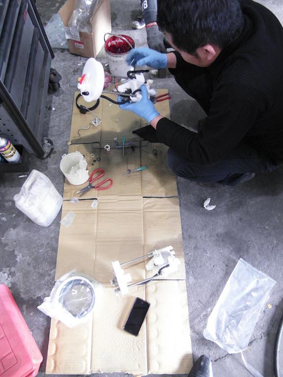 宜蘭礁溪車總管保修廠,老闆更換汽油濾清器