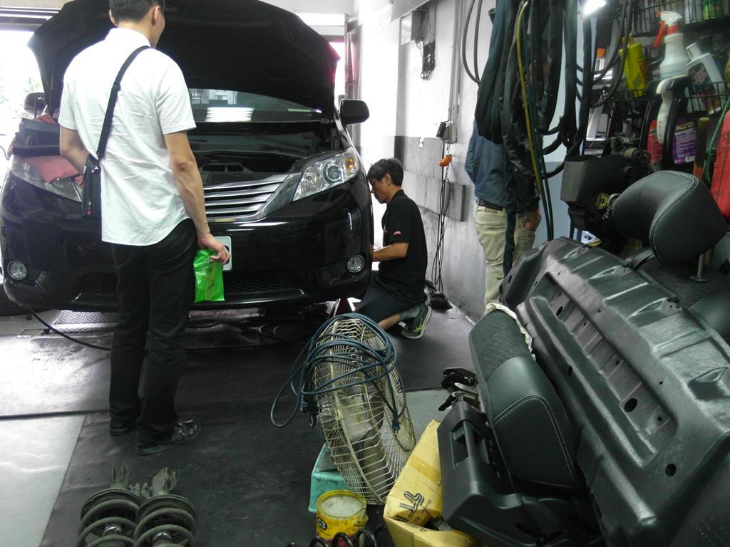 台北市南港區推薦汽車維修保養修車輪胎廠米格汽車保養