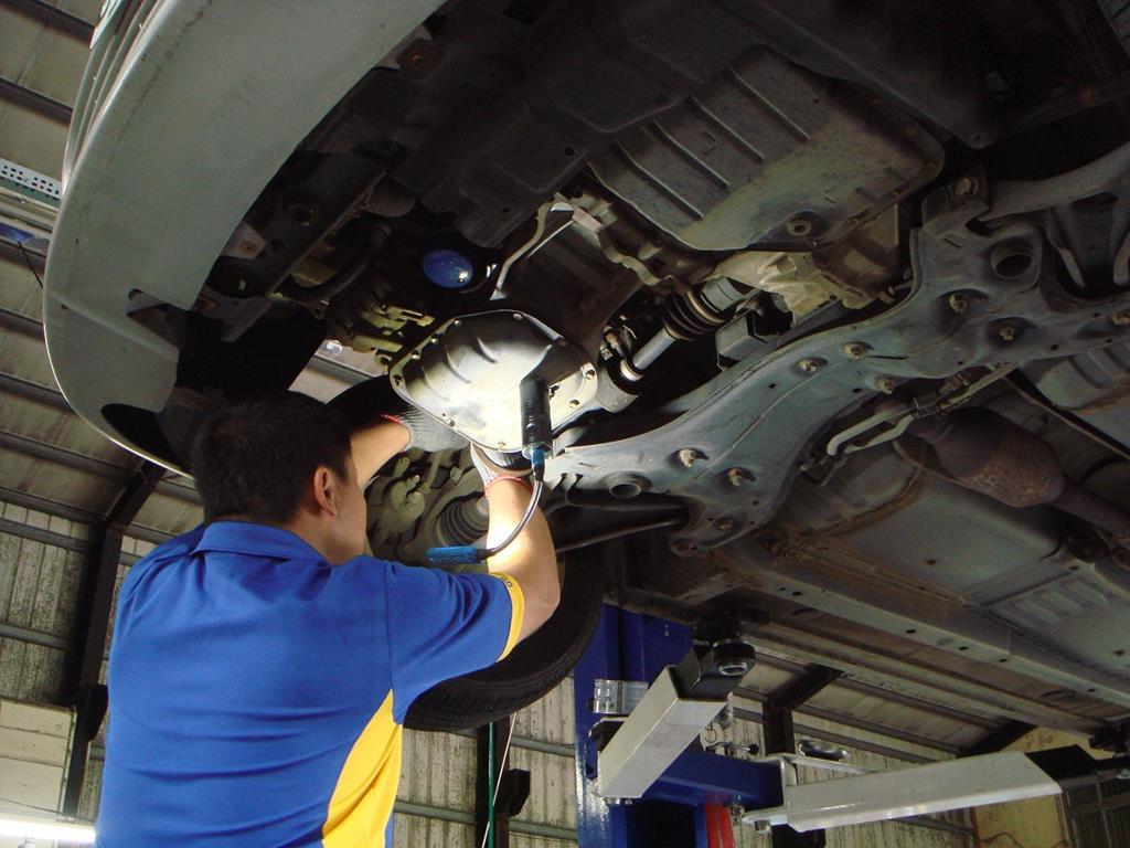 台中市后里區推薦歐系汽車保養廠維修廠保修廠輪胎行承暘汽車底盤系統維修
