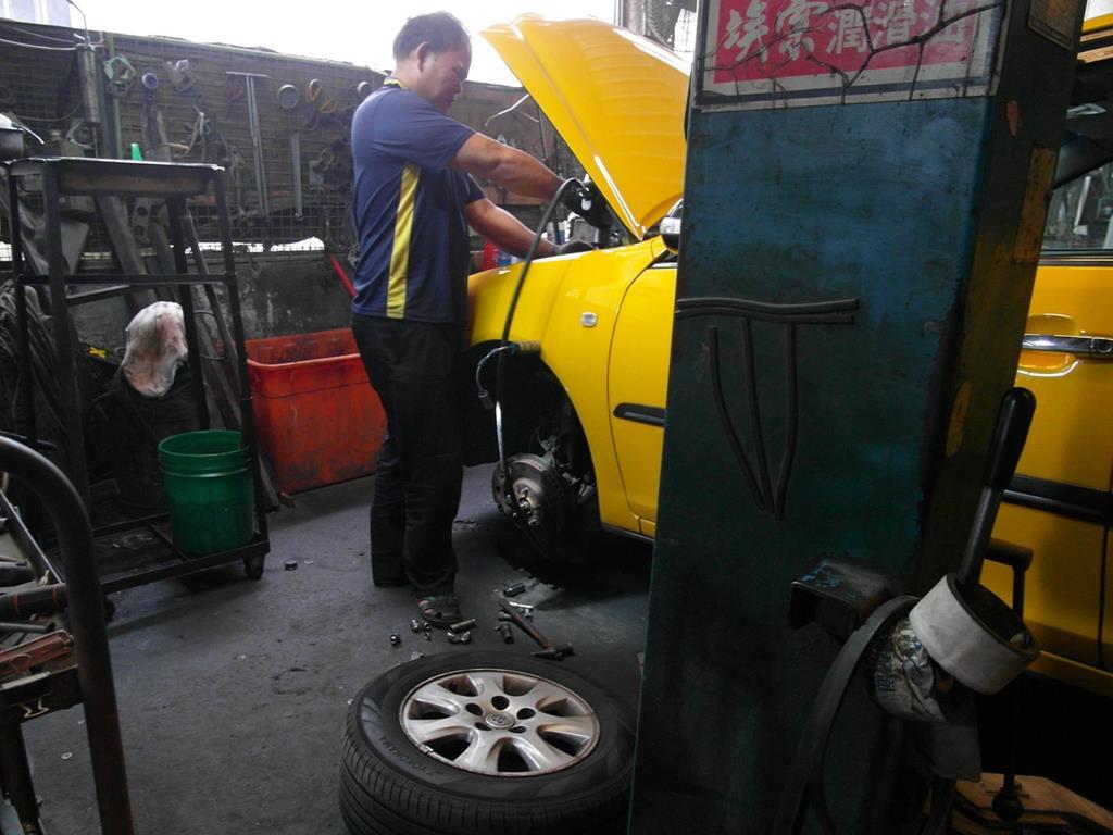 新北市樹林區推薦汽車維修保養修車鈑金板金烤漆廠國同汽車維修中