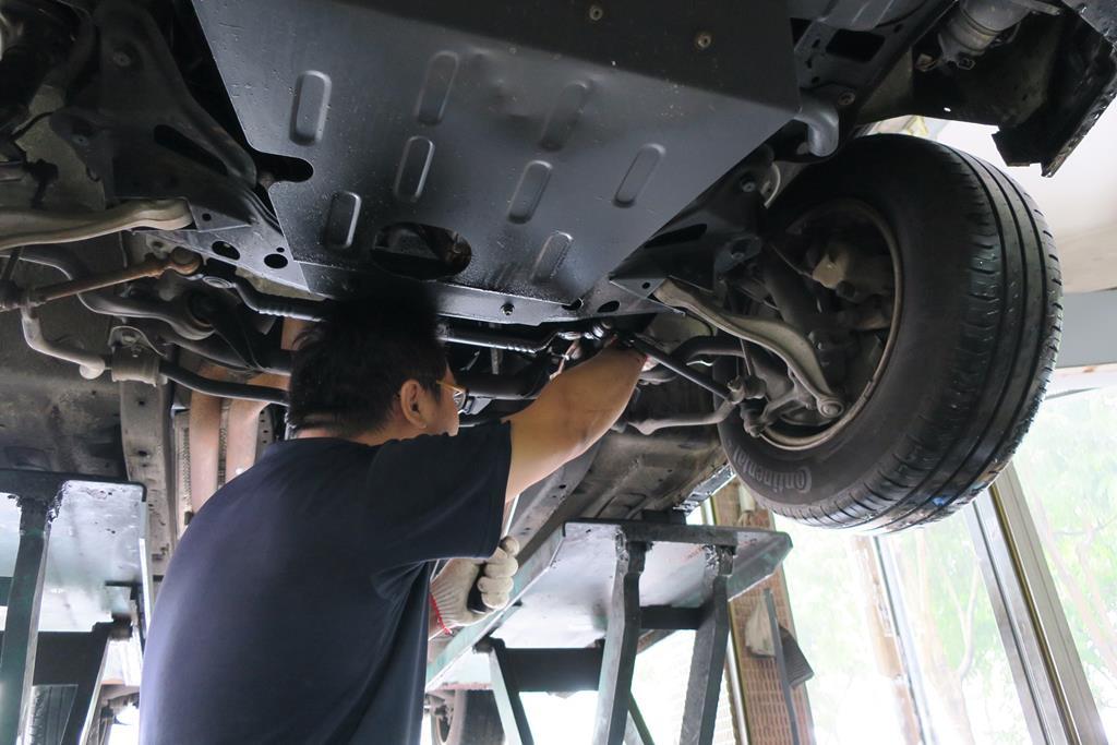 台中市西區歐系推薦保修廠保養廠修車廠一順汽車底盤維修