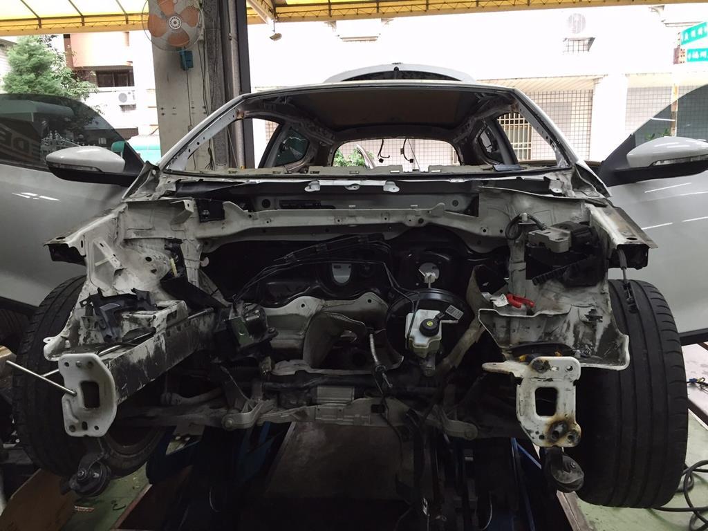 嘉義市西區推薦維修廠安修汽車事故車輛