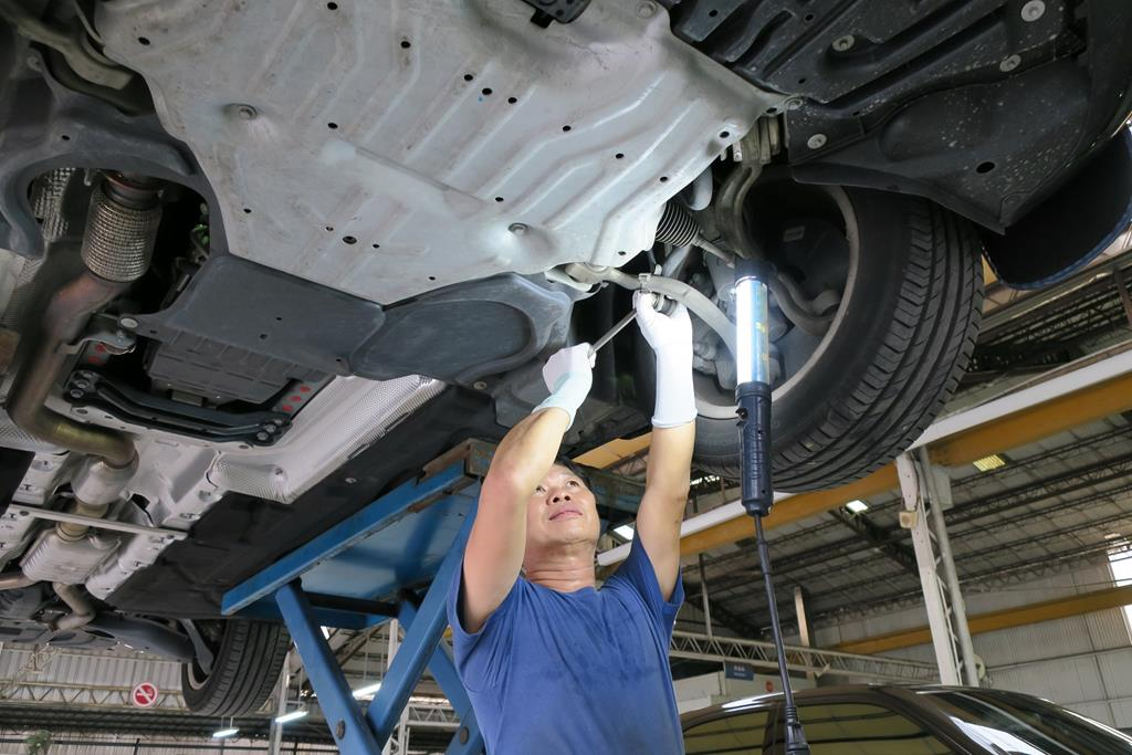 嘉義市東區推薦維修廠川華汽車底盤維修