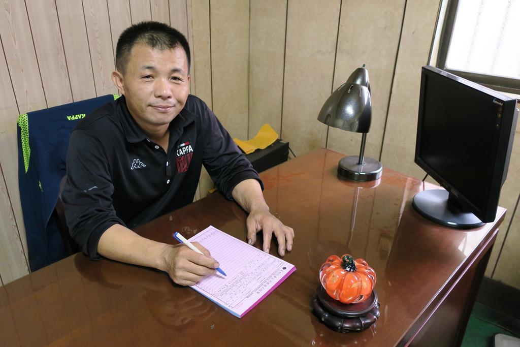 台南市東區推薦維修廠皇統汽車帥氣老闆