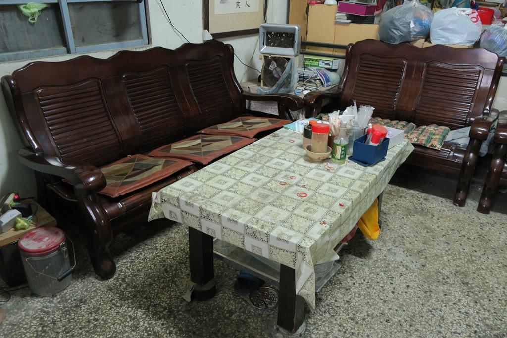台南市安南區推薦維修廠長溪汽車保養場休息區