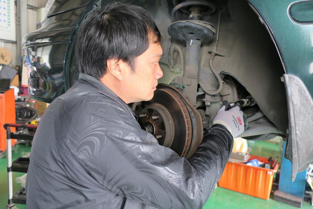 台南市南區推薦維修廠勝迦汽車修護廠拉桿維修