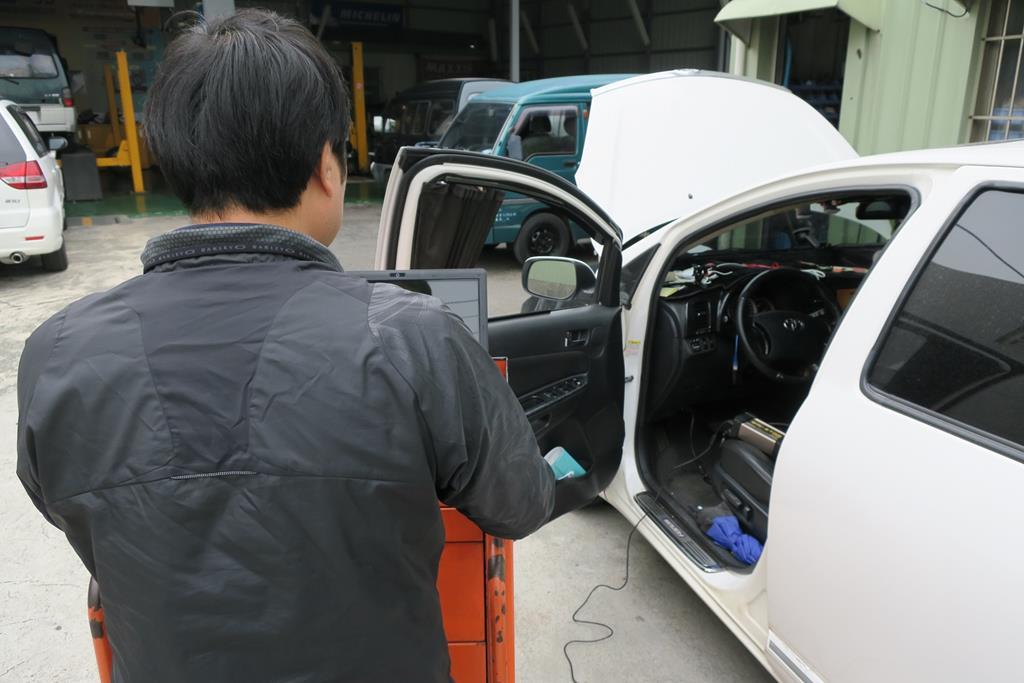 台南市南區推薦維修廠勝迦汽車修護廠引擎系統診斷