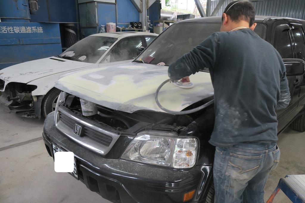 新北市新店區推薦維修廠麗特汽車處理施工