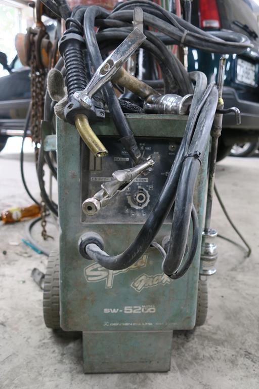 新北市新店區推薦維修廠麗特汽車點焊設備