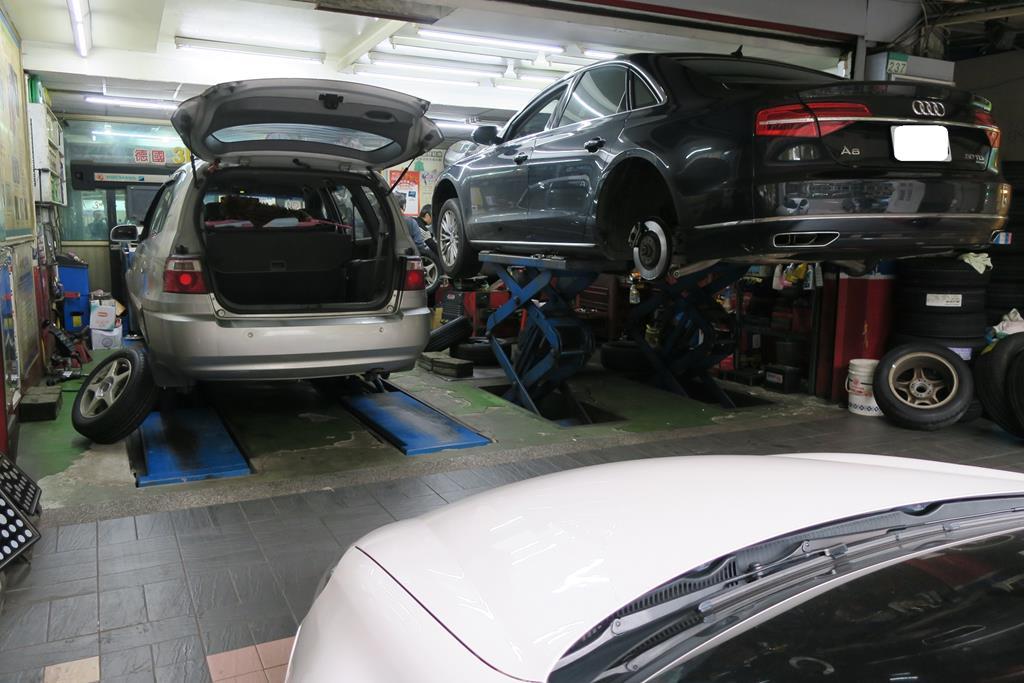 利元汽車輪胎行台北市大安區空間