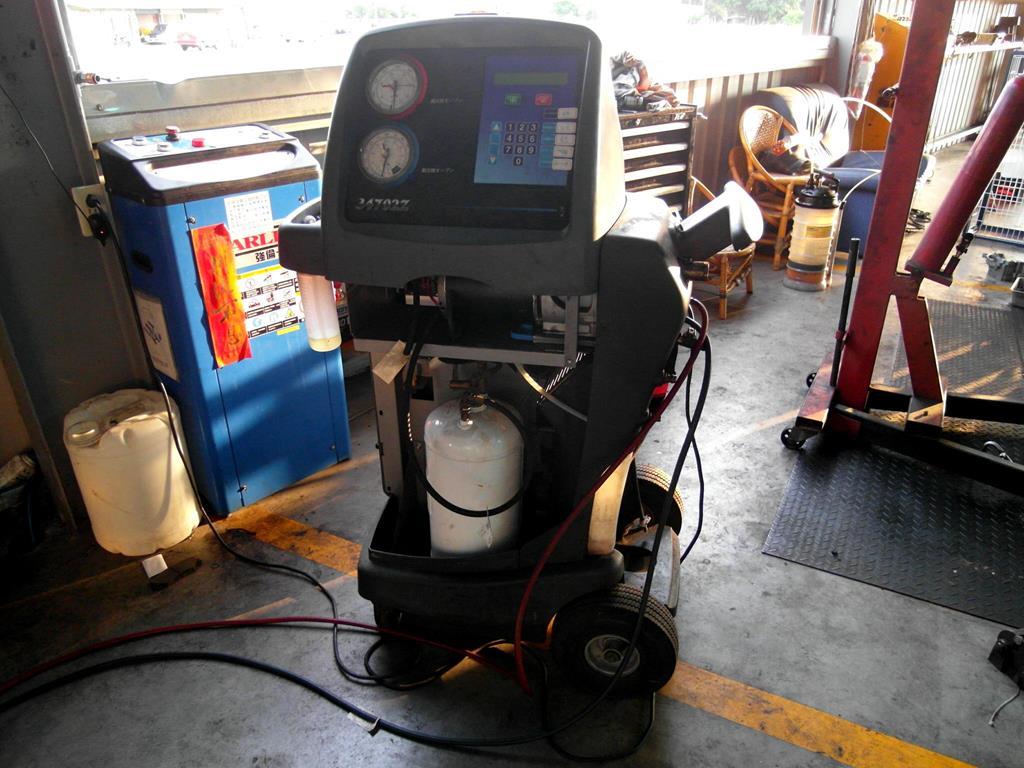 彰化縣鹿港鎮推薦汽修廠固特異-全品輪胎行冷媒回收機