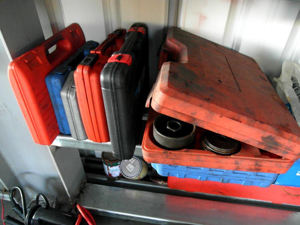 彰化縣鹿港鎮推薦汽修廠固特異-全品輪胎行特殊工具