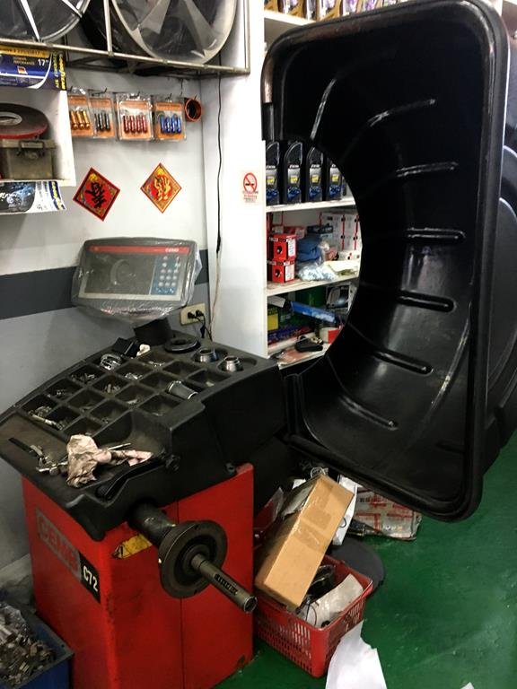高雄市三民區推薦維修廠固特異-展順輪胎平衡儀器