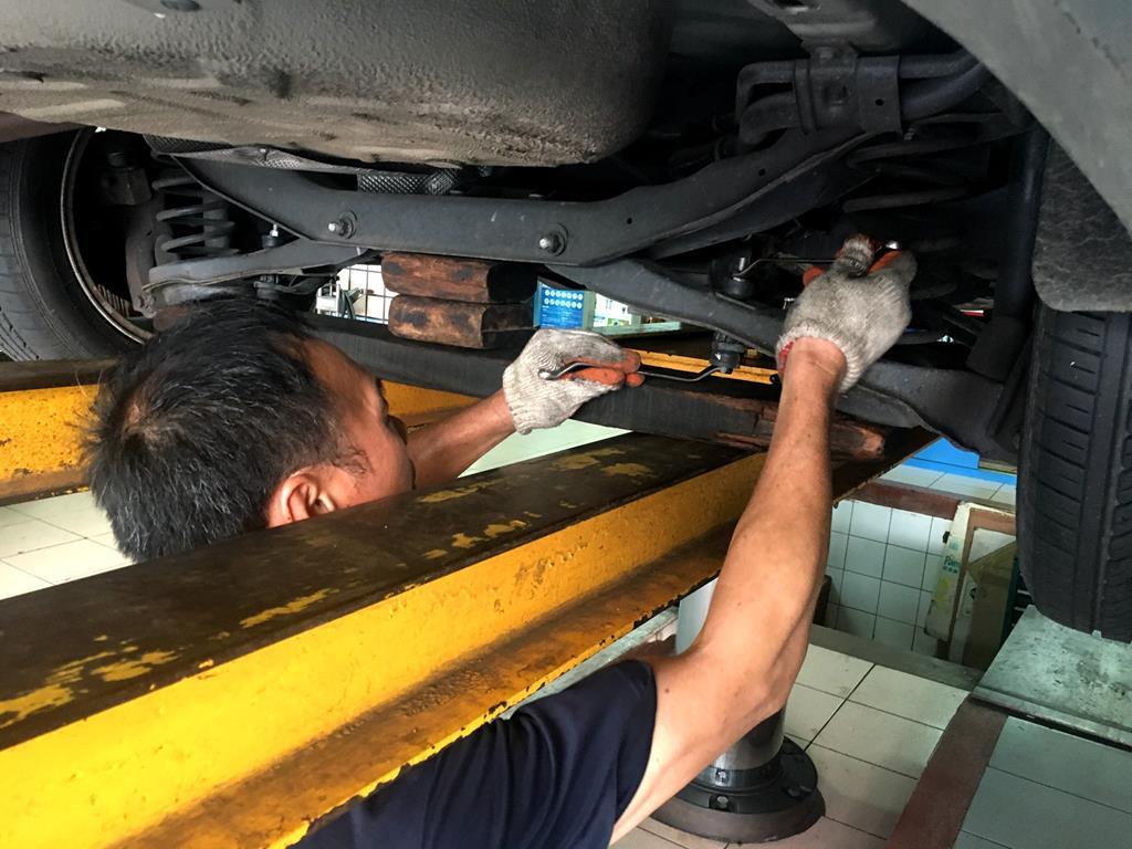台北市大安區推薦修車廠固特異-偉盛輪胎行輪胎定位