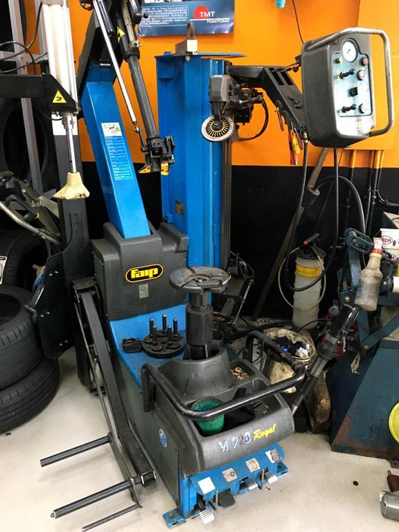 新北市土城區推薦輪胎行固特異-宏進輪胎拆胎機