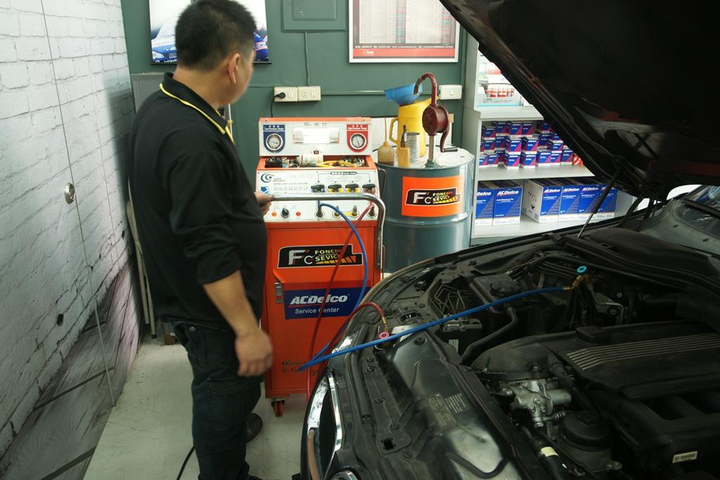 新竹市東區推薦修車廠豐成汽車服務中心冷氣清洗