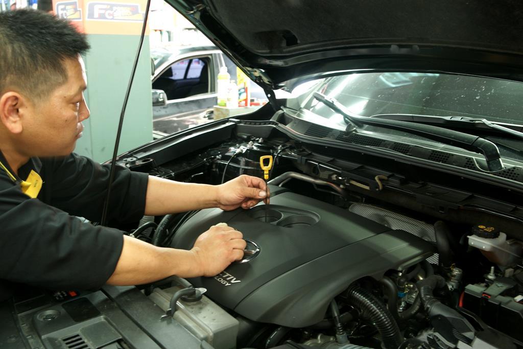 新竹市東區推薦修車廠豐成汽車服務中心檢測中