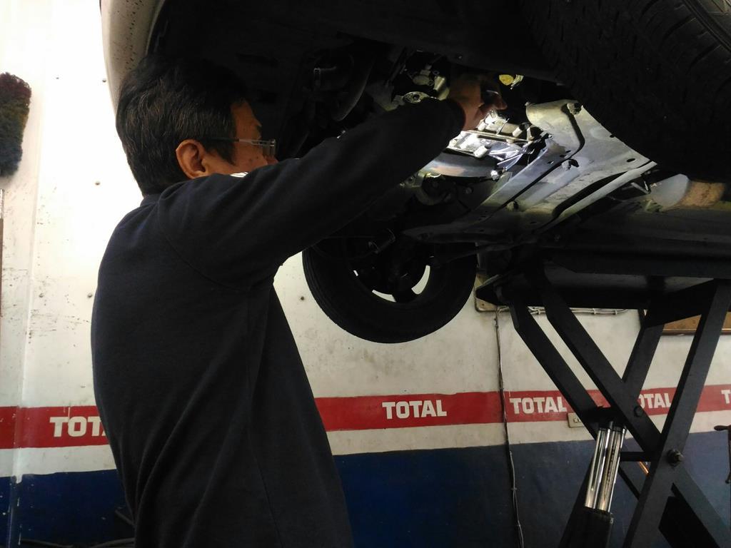 台北市內湖區推薦維修廠連擎汽車維修過程