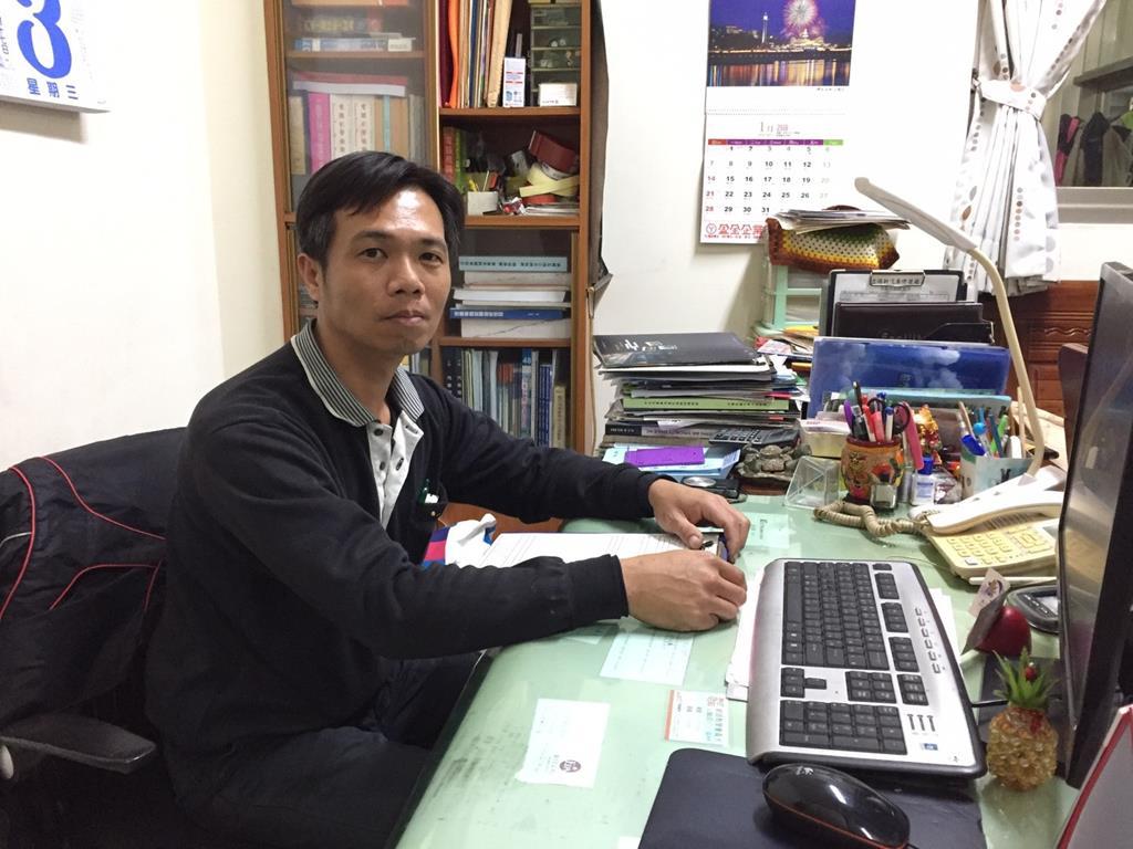 台南市安南區推薦維修廠立得新汽修廠產品藥劑帥氣老闆
