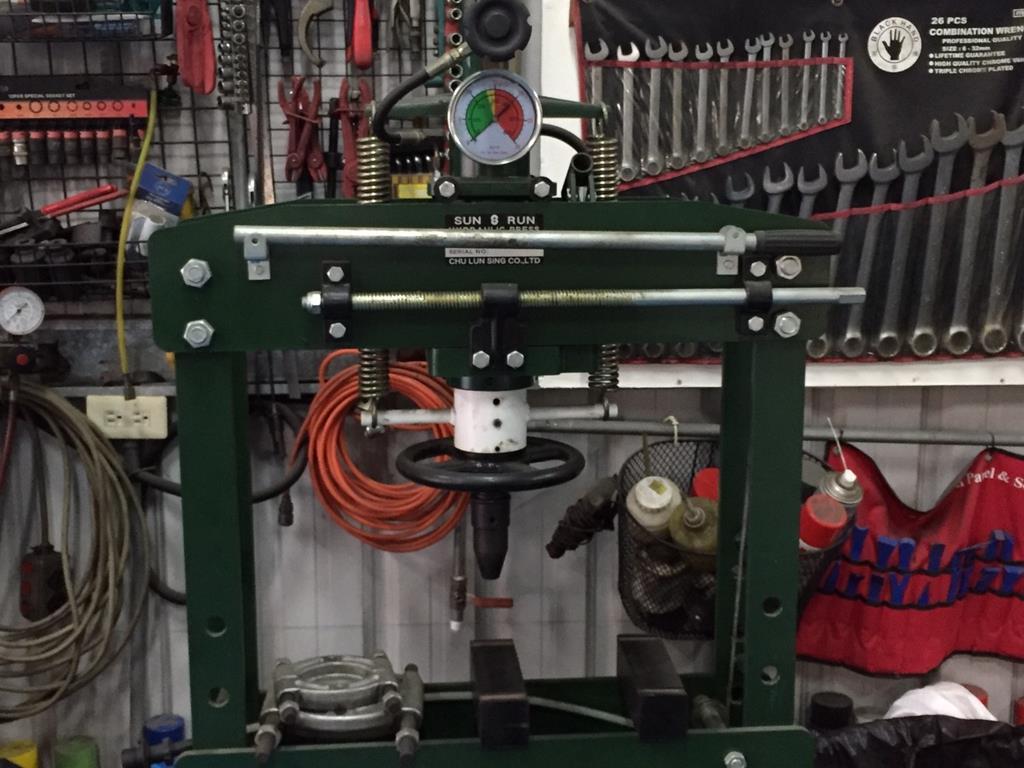 台南市安南區推薦維修廠立得新汽修廠硬體設備