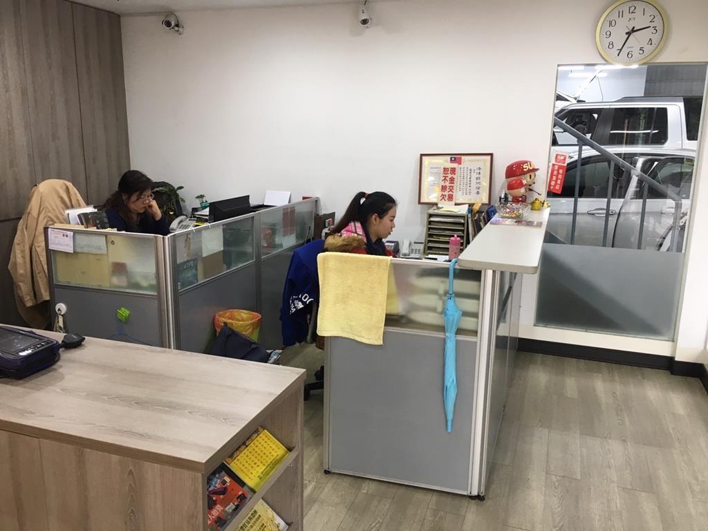 桃園市中壢區推薦維修廠鴻城汽車保修辦公室