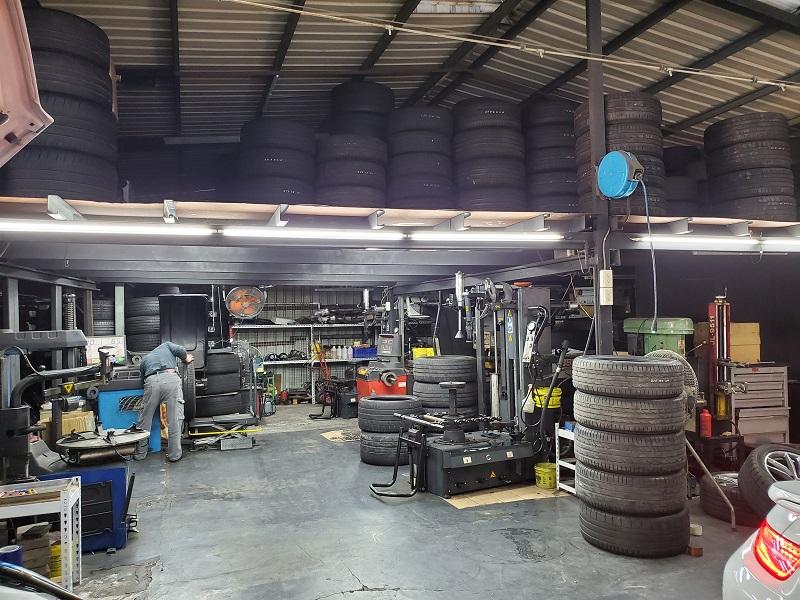 國豐動力-士林廠/汽車養護服務中心,輪胎相當完善