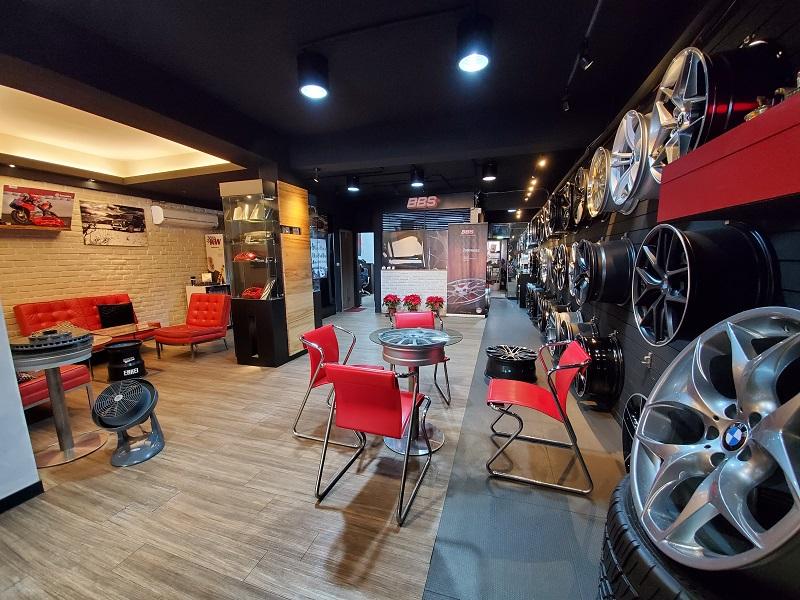 國豐動力-士林廠/汽車養護服務中心,會客室環境明亮、氣氛典雅