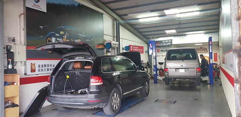 宜蘭礁溪車總管保修廠,車輛等待檢查保修